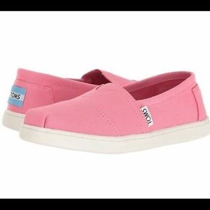 Girl's Toms Shoes (size 5)